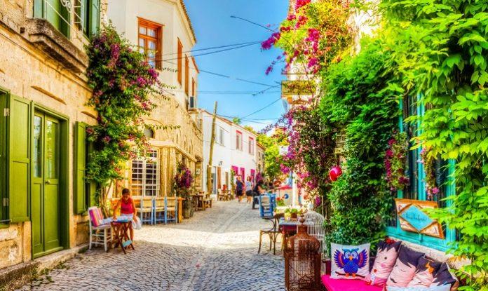 شهر زیبای آلاچتی - چشمه در سمت غربی ترکیه
