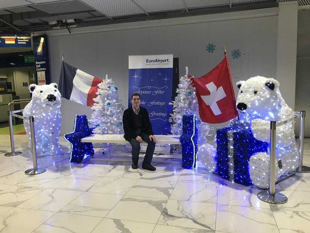 دکور زیبا به مناسبت کریسمس در فرودگاه بازل سوئیس